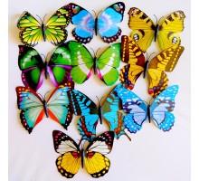 Бабочка пластиковая на прищепке 16см