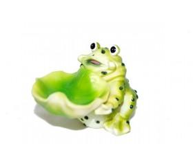 Жаба с кувшинкой /фигурка