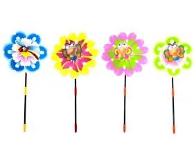 Вертушка «Насекомое на цветке»
